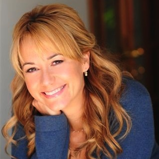 MEGYN PRICE-Headshot-crop square